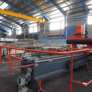 lauralu industrial building for engineering and manufacturing requirements